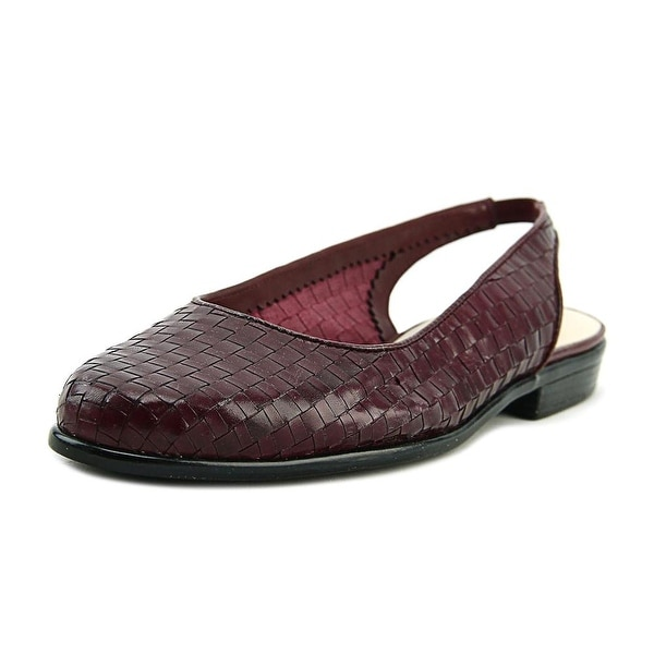 Trotters Lucy Women N/S Round Toe Leather Burgundy Slingback Heel