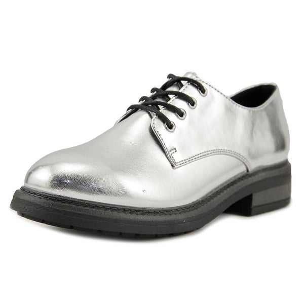 Seven Dials Devi Women Silver Metallic Oxfords