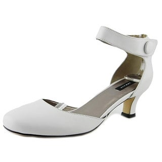 Array Charlie Women W Round Toe Leather White Heels