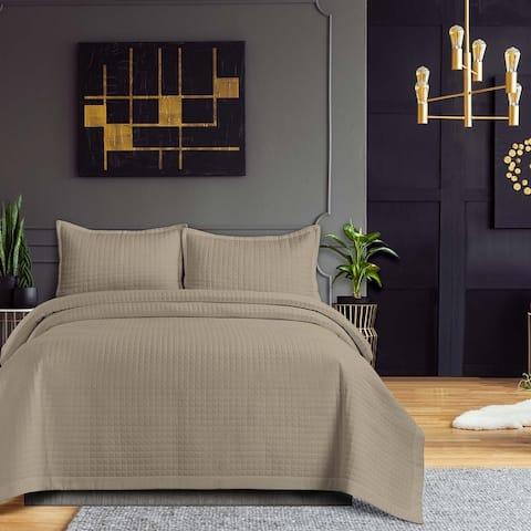Naples Solid Oversized Quilt Set