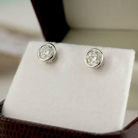 Auriya 14k Gold 0.60ctw Round Bezel-set Diamond Stud Earrings