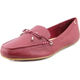 Isaac Mizrahi Anabell Women W Moc Toe Leather Loafer