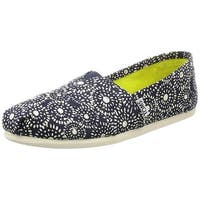 TOMS Womens Classic Slip On Canvas Square Toe