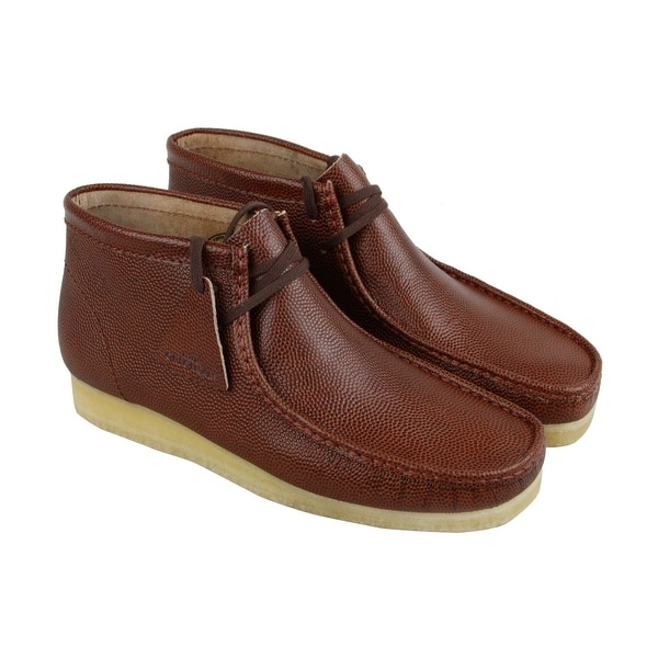 cea57b5447d04 Clarks Wallabee Boot Mens Red Leather Casual Dress Lace Up Chukkas Shoes