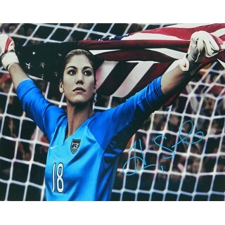 Hope Solo Signed USA Soccer Holding American Flag 16x20 Photo