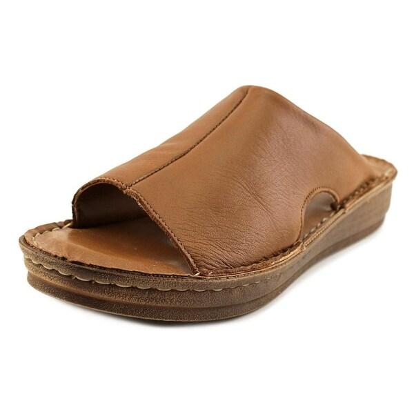 Bella Vita Mae-Italy Women Tan Sandals