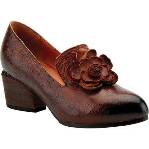 L'Artiste by Spring Step Women's Noora Heeled Loafer Brown Leather