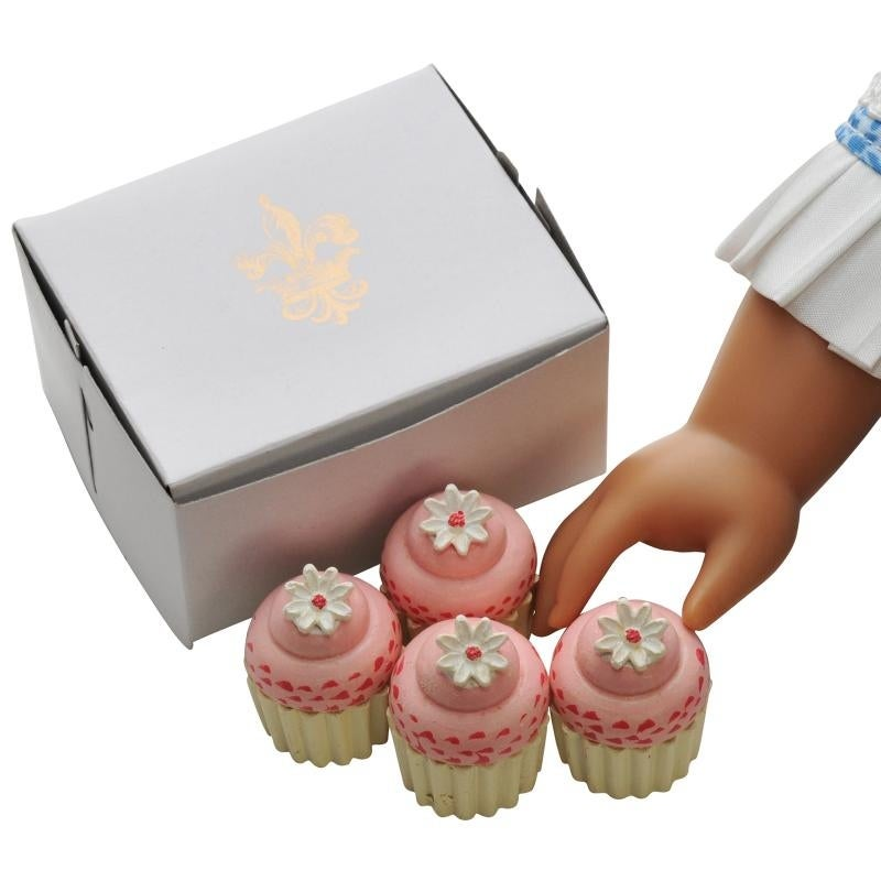 American Girl Doll Cupcake Tin  And Four Cupcakes New