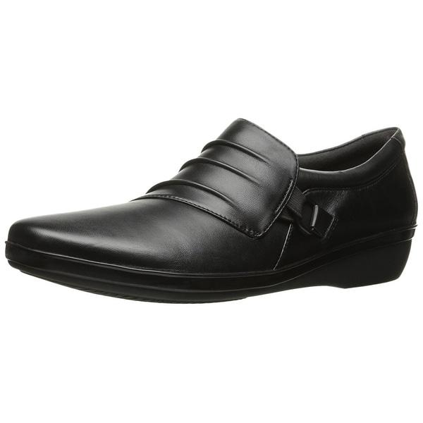 CLARKS Women's Everlay Heidi Slip-on Loafer, Black Leather, Size 6.5