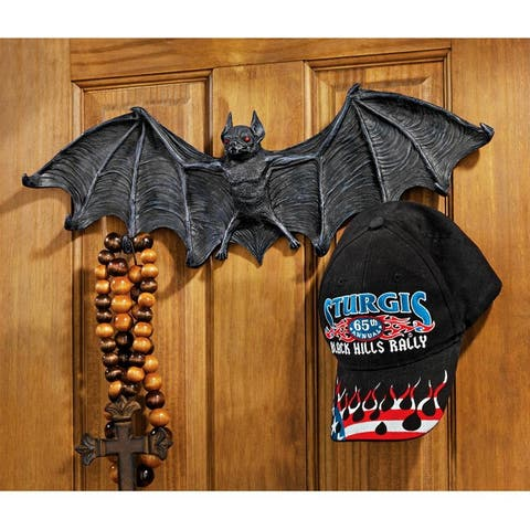 Design Toscano Vampire Bat Sculptural Hooked Wall Hanger: Large