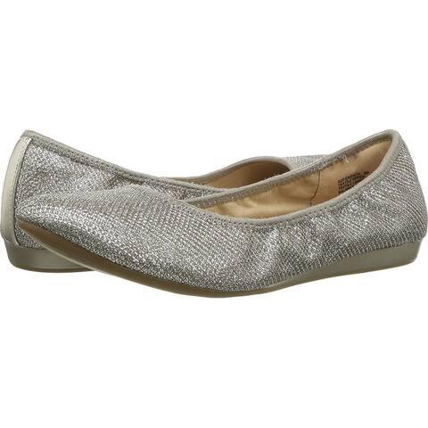554eae19c0fd Bandolino Womens Fadri Leather Closed Toe Slide Flats