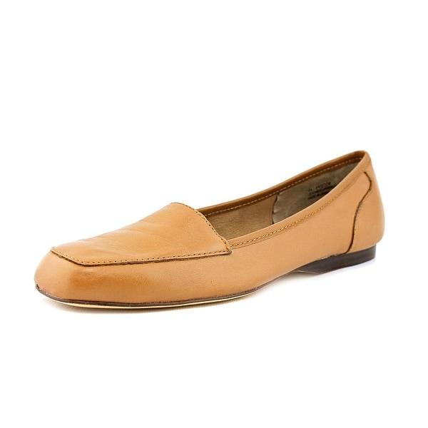 Array Freedom Apron Toe Leather Flats