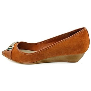 Giani Bernini Women Muswell Wedge Peep-Toe Pumps
