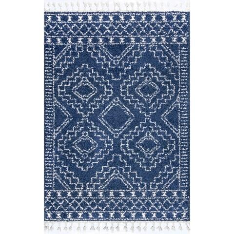 nuLOOM Boho Soft and Plush Geometric Moroccan Shag Tassel Area Rug