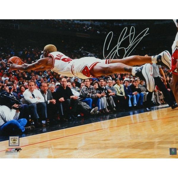 Shop Dennis Rodman Chicago Bulls Diving For Basketball