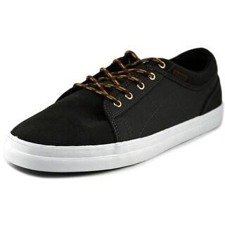 DVS Aversa Round Toe Suede Skate Shoe