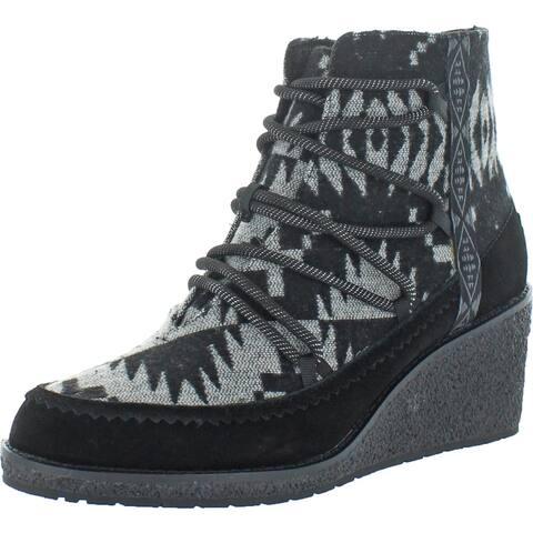 Pendleton Women's Islegate Wedge Waterproof Suede Memory Foam Ankle Booties - Spider Rock