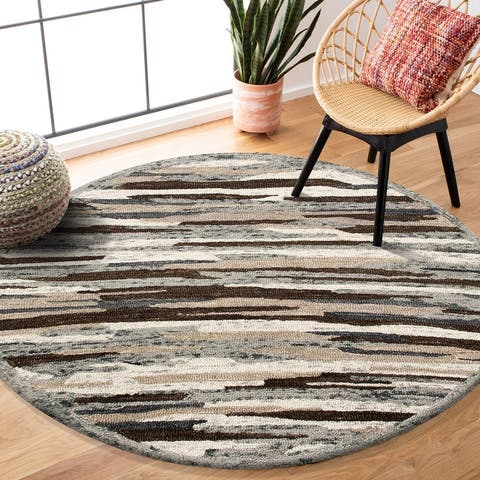 Distressed Cabin Camouflage Round Rug