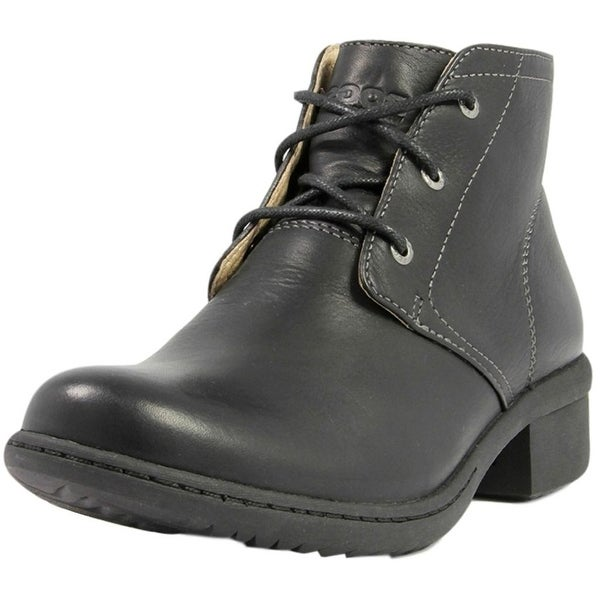 Bogs Outdoor Boots Womens Kristina Chukka Leather Waterproof