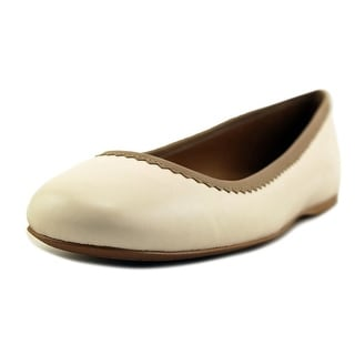 Coach Halle   Round Toe Leather  Ballet Flats
