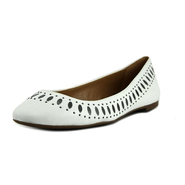 Nine West Annya   Round Toe Leather  Flats