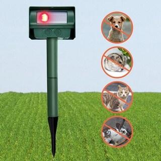 Costway Solar Power Ultrasonic Pest Repeller Repellent Sensor Detection Garden - Green