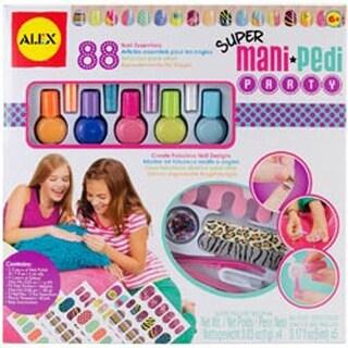 Super Mani Pedi Party Kit-