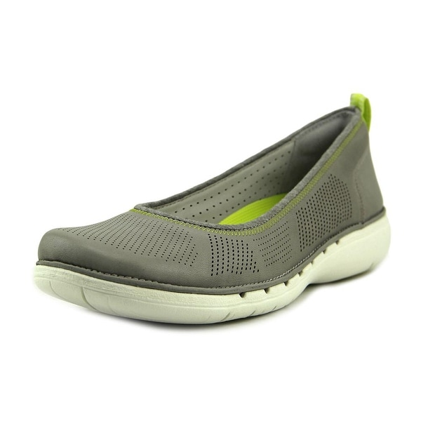 Clarks Narrative Un Elita Women Round Toe Leather Flats