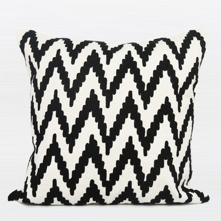 "G Home Collection Luxury Black And White Big Chevron Pattern Throw Pillow 20""X20"""