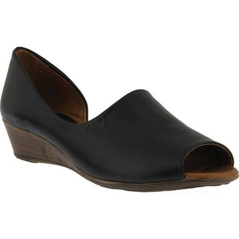 Spring Step Women's Lesamarie Peep Toe Shoe Black Leather