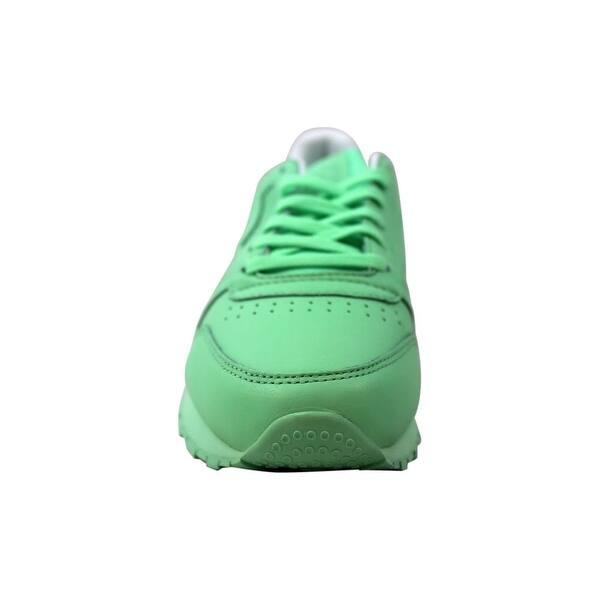 klasyczny wyglądają dobrze wyprzedaż buty naprawdę wygodne Shop Reebok Women's Classic Leather Pastels Mint Green/White ...