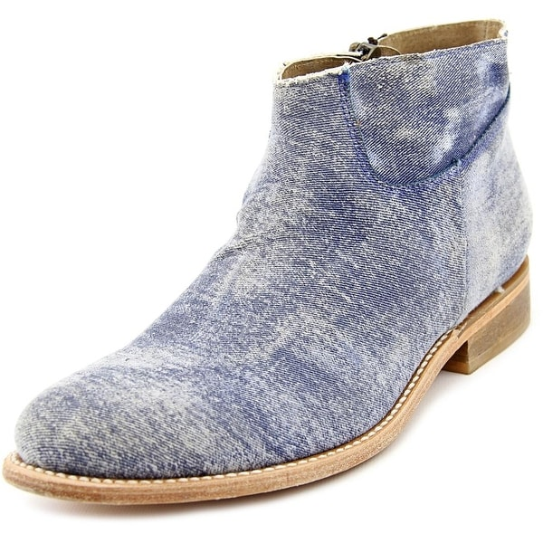 Matisse Duke Round Toe Canvas Ankle Boot