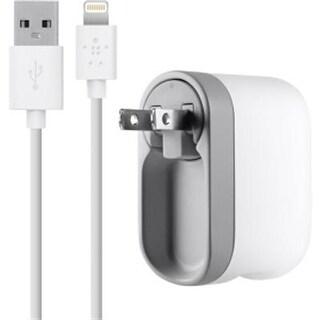 Belkin F8j032tt04-Wht Ipod Ipad Iphone Swivel Charge