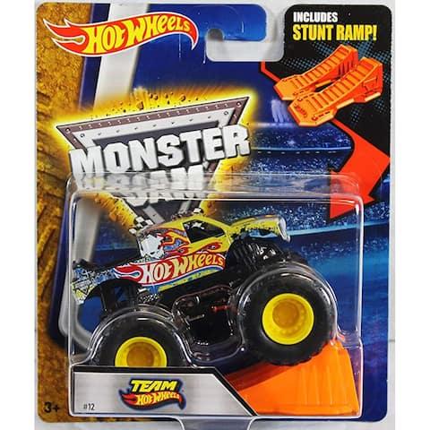 Hot Wheels Monster Jam 1:64 Scale Truck with Stunt Ramp - Team Hot Wheels #12