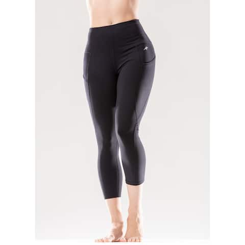 High-Waisted Flexible Capri Leggings with Hip Pockets