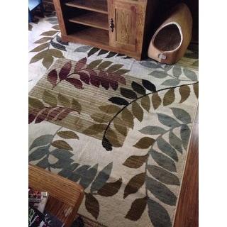 Indoor Ivory Leaf Motif Area Rug (3'2 x 5'5)
