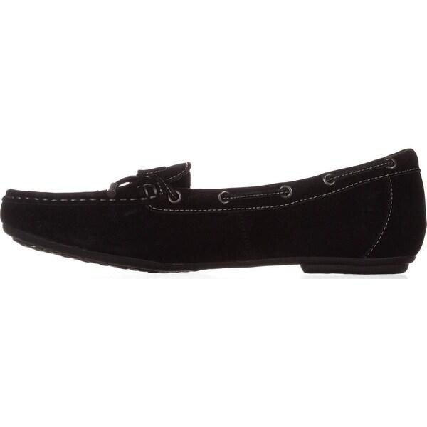 B.O.C Womens CAROLANN Closed Toe Loafers