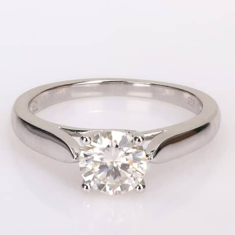 Miadora Sterling Silver 1ct TGW Created White Moissanite Solitaire Engagement Ring