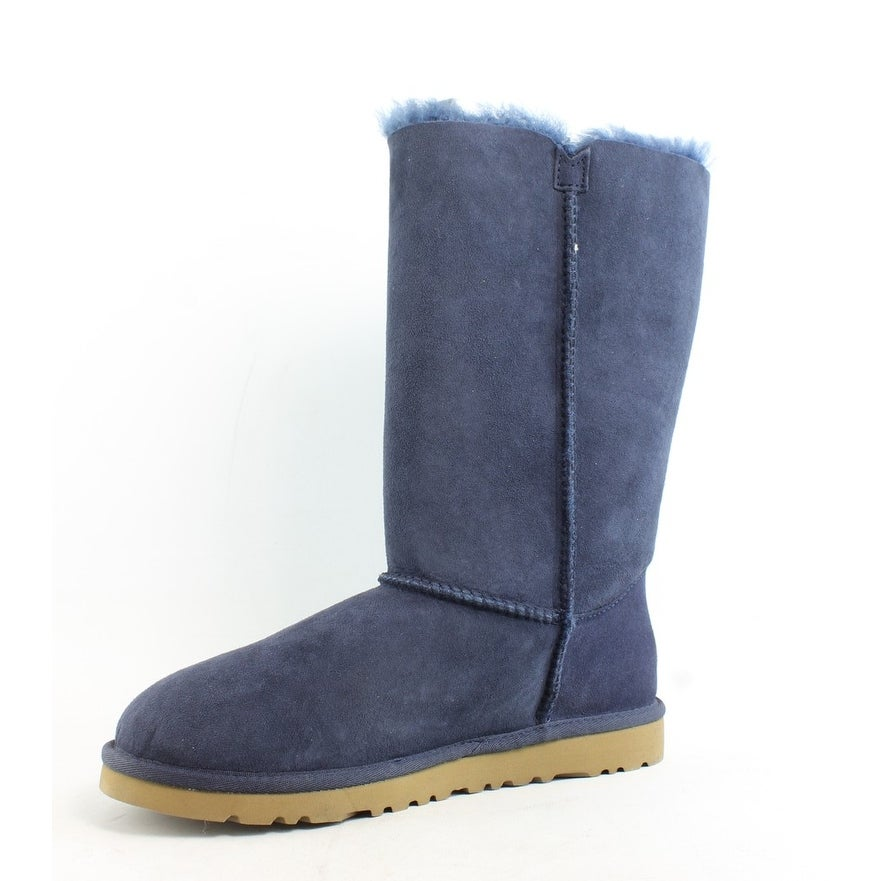 130fa8bad0c UGG Womens Bailey Button Triplet Snow Boots Size 6