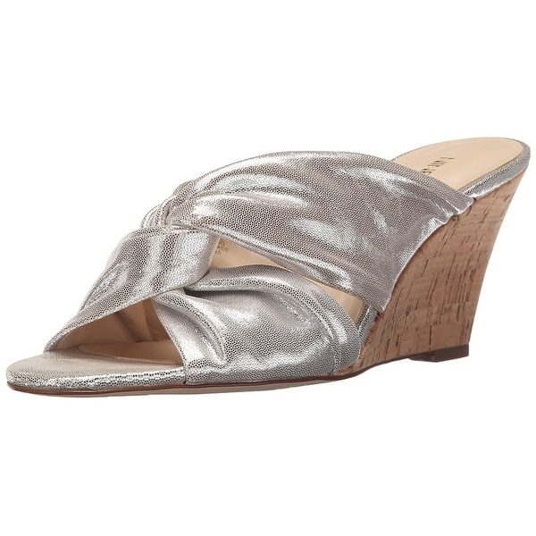 Nine West Women's Kessie Metallic Wedge Sandal - 8
