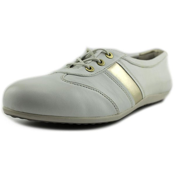 Blondo Mao Women White Oxfords