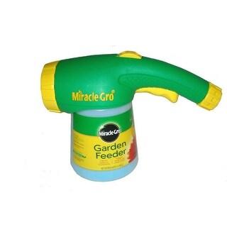 Miracle-Gro 1004101 Waterproof Garden Feeder, 1 lb
