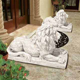 Design Toscano Lyndhurst Manor Lion Sentinel Statue: Set of Two - Each: 27 x 10 x 16.5