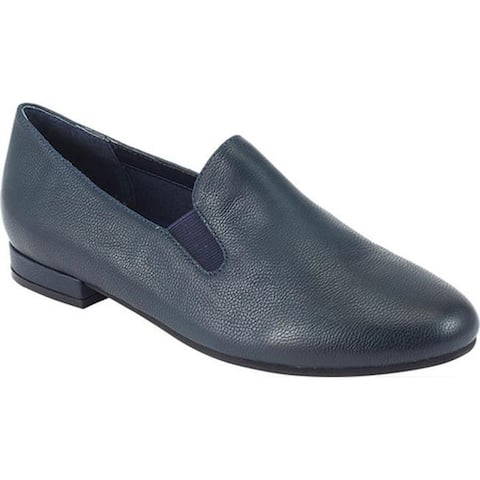 David Tate Women's Lina Loafer Navy Pebble Grain Leather