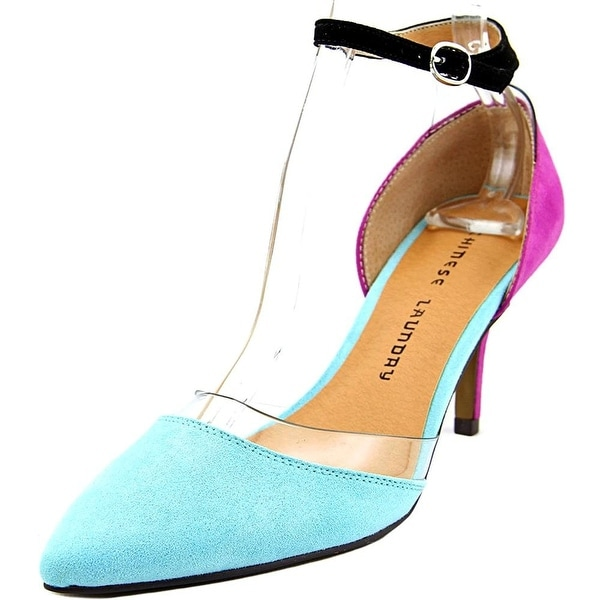 Chinese Laundry Womens Off Limits Pointed Toe Ankle Strap Classic Pumps