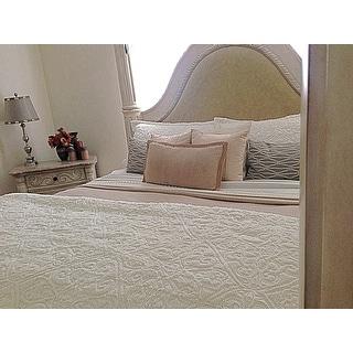 Madison Park Syracuse Ivory Ultra Plush Comforter Set