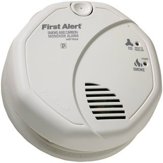 First Alert FATSCO7CNW First Alert SC07CN Battery Operated Combination Smoke-Carbon Monoxide Alarm with Voice Location
