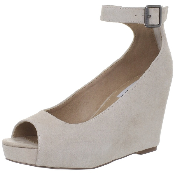 Steve Madden Women's Lesliee Wedge Pump