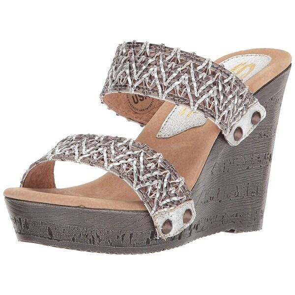 abe8e378e557 Shop Sbicca Women s Dottie Wedge Sandal - Free Shipping On Orders ...