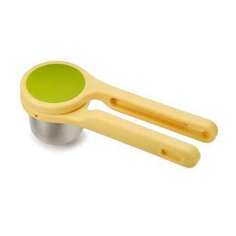 Joseph Joseph Helix Citrus Juicer Ergonomic Twist-Action Hand Press Stainless Steel, Yellow